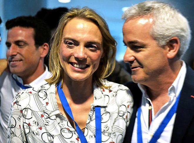 La presidenta del PP de Bizkaia, Raquel González, con Gonzalo Machín durante el último congreso provincial.