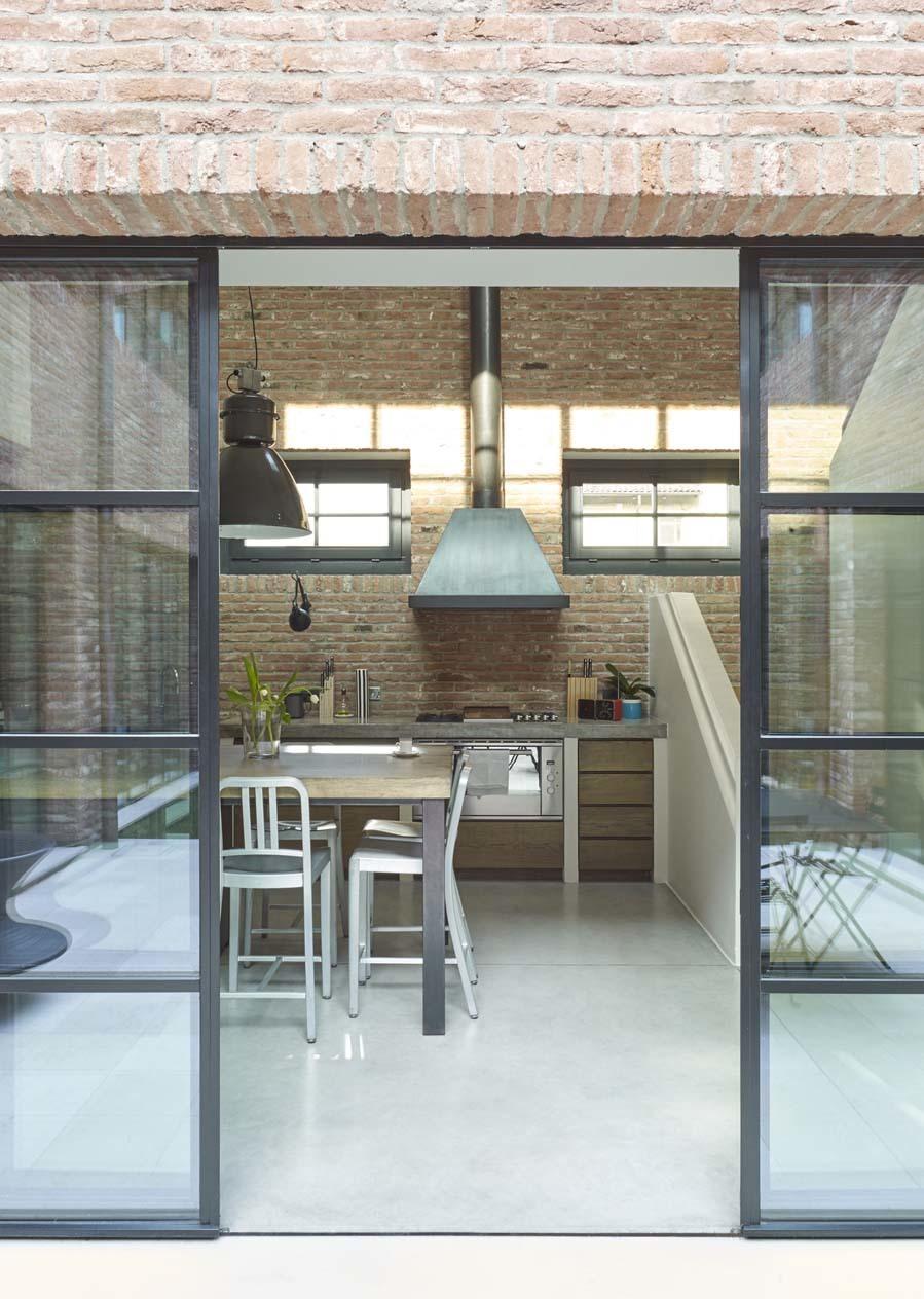 En la cocina suelo de cemento pulido yodona lifestyle for Cemento inyectado suelo