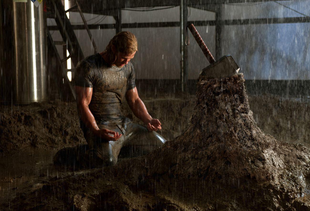 La primera película en la que aparece Chris Hemsworth en el piel (y...