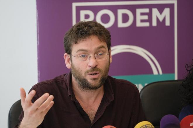 Iglesias interviene la autonomía de Podemos Cataluña por su acercamiento a los independentistas