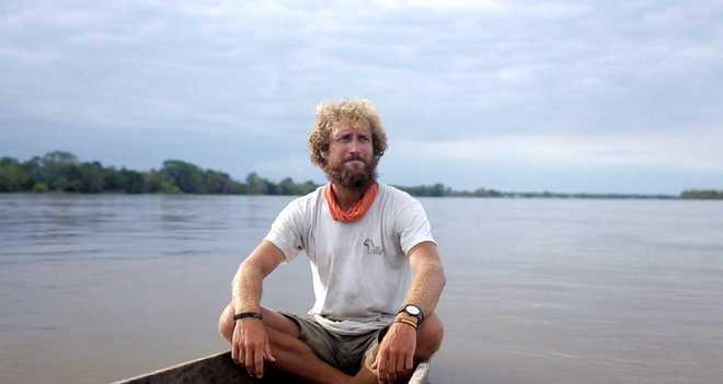 Javier Colorado durante su viaje por el Amazonas