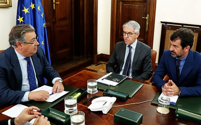 Elecciones en catalu a interior mantiene el despliegue for Interior elecciones