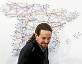 Pablo Iglesias, ayer, durante la reunión de cargos de Podemos para...