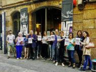 Vicent Partal (cuarto por la izquierda), director de Vilaweb, pidiendo libertad para Jordi Sànchez y Jordi Cuixart