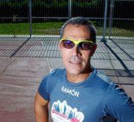 Ramón Arroyo, con la camiseta con la que correrá el Maratón de Nueva York.