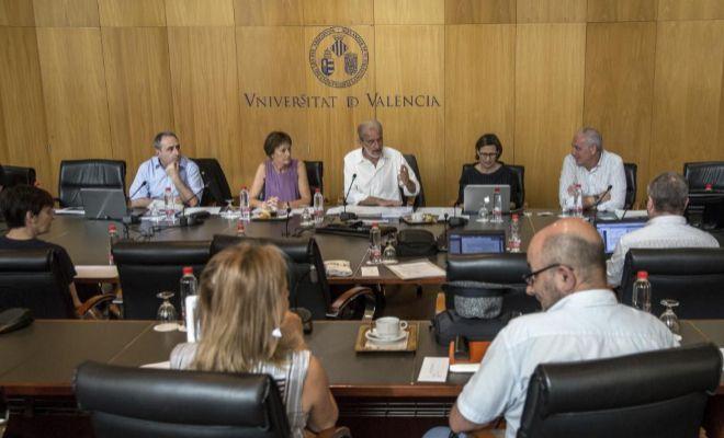 Reunión del consejo de gobierno de la Universitat de València.