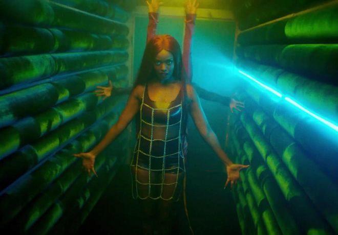 La artista estadounidense fusiona varios estilos en su álbum debut.