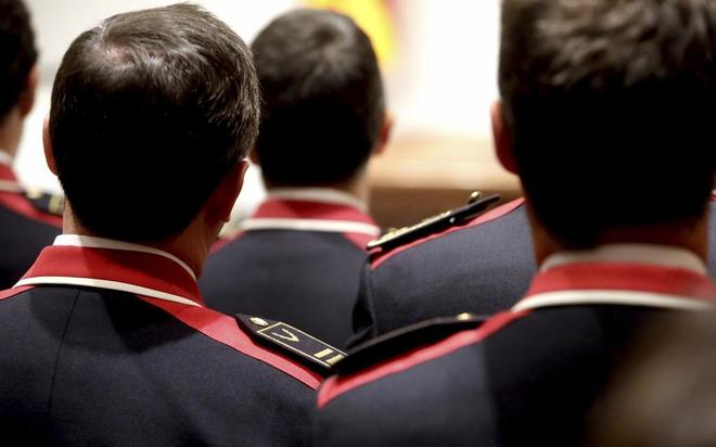Unos 150 'mossos', decididos a pasar a la Policía Nacional pese a perder 400? al mes de sueldo