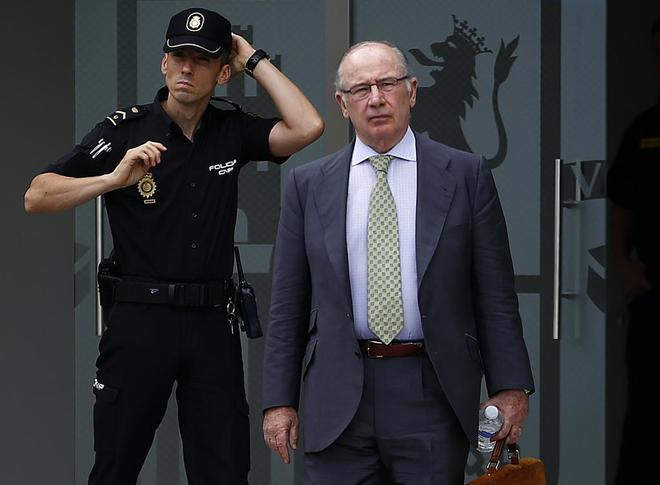 Rodrigo Rato, saliendo de declarar por el caso Gürtel.