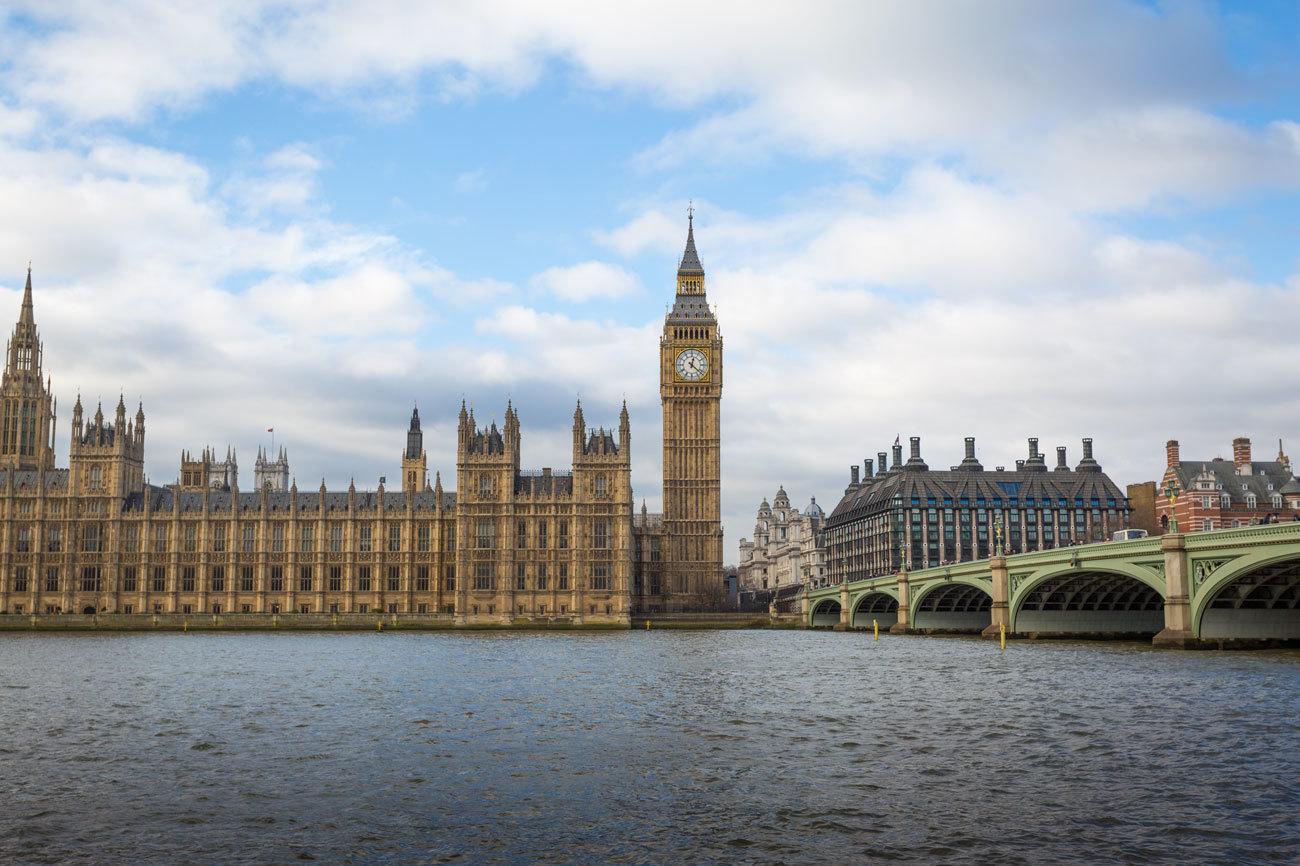 Es una de las ciudades más grandes de Europa y un destino al que...