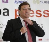 Guillermo Fernández Vara, momentos antes de su intervención en el...