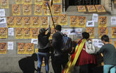 Pegada de carteles en Barcelona a favor de 'los jordi'