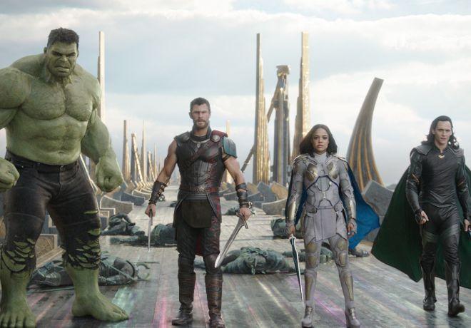 La última entrega de Marvel, 'Thor: Ragnarok', continúa liderando la...