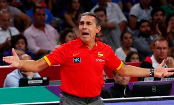 Scariolo, durante un partido del pasado Eurobasket en Turquía.