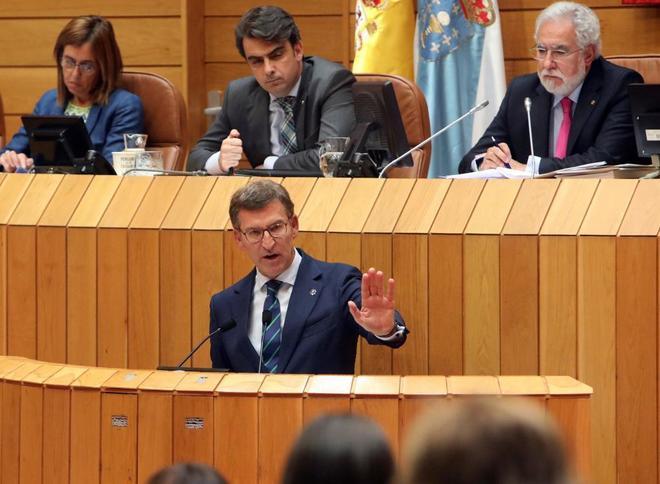 El presidente de la Xunta, Alberto Núñez Feijóo, en su comparecencia en el Parlamento
