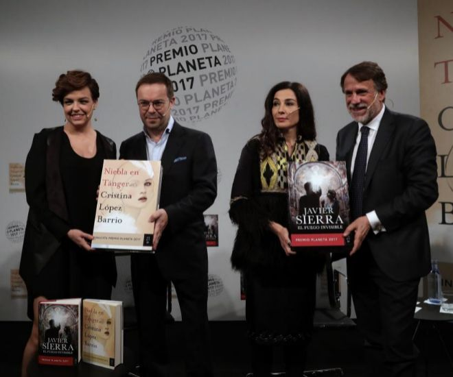 De izquierda a derecha: Cristina Villanueva, Javier Sierra, Cristina López Barrio y Josep Crehueras