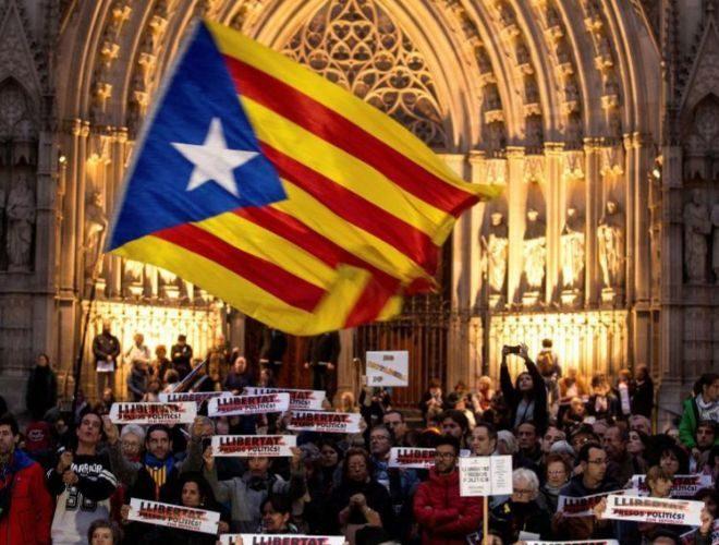 Independencia de Cataluña: Huelga general en Cataluña, en vivo ...