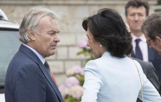 El presidente de Banco Popular, Rodrigo Echenique, junto a Ana Botín.