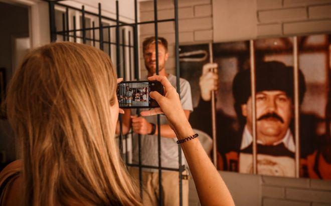 Narcoturismo: hazte un selfie en la mansión de Pablo Escobar