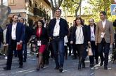 Pedro Sánchez, con varios miembros de su Ejecutiva este sábado en...