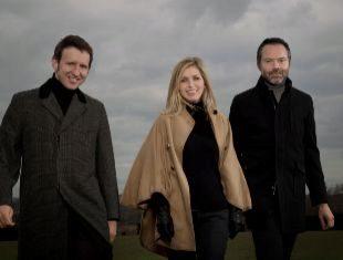 El trío británico de pop interpretará su último trabajo el martes...