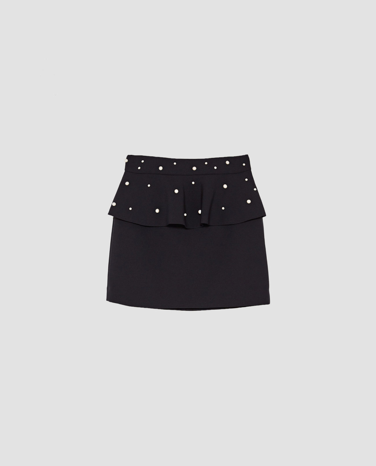 8c5e16da0 Falda negra con perlas de Zara | Yodona/moda | EL MUNDO