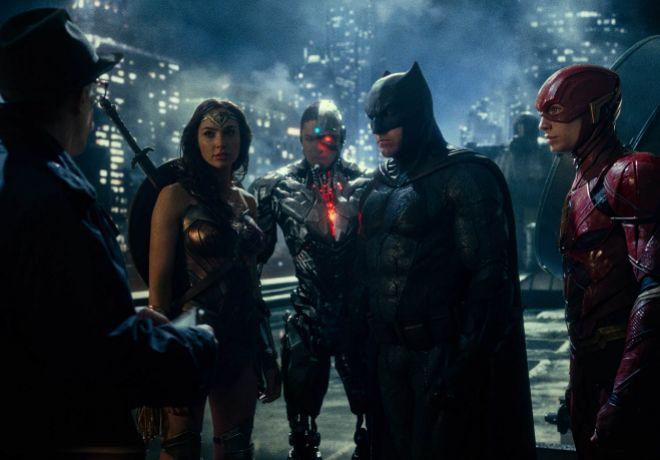 Unidos. Wonder Woman y Batman son los líderes.
