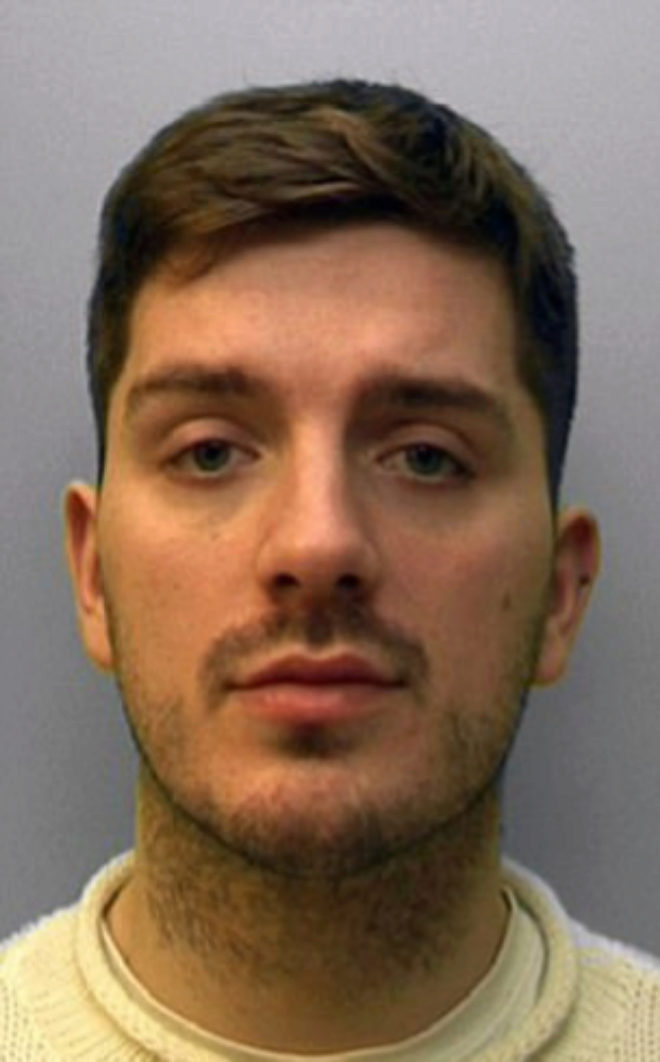 Un escocés, culpable de intentar infectar con el VIH a 10 personas que conoció por Grindr