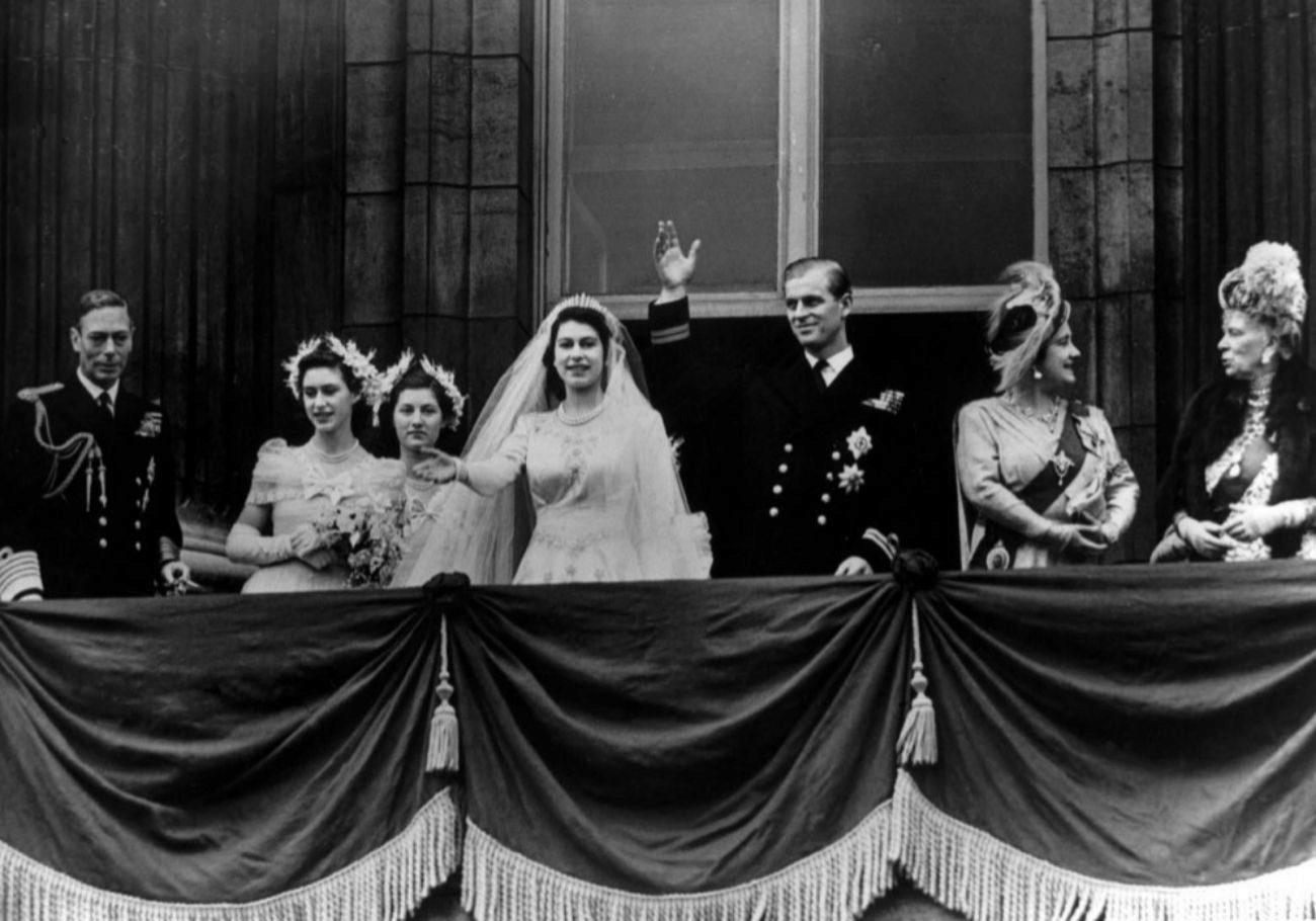 Antes del enlace, Felipe obtuvo el título de duque de Edimburgo y el...