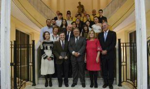 Juan Ignacio Zoido, junto a la presidenta de la Asociación, Ángeles...