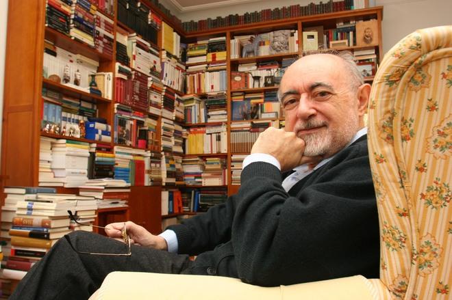 Alfredo Conde y Carlos García Gual, candidatos a la silla 'J' de la RAE