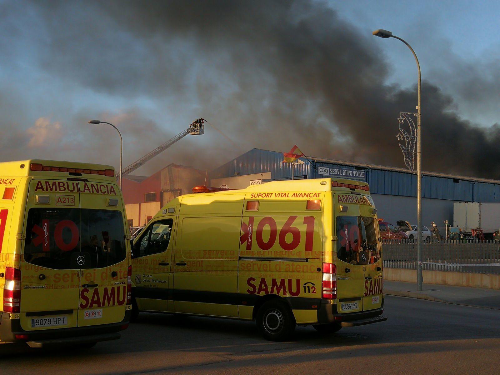 Arden seis naves industriales en el Polígono de Marratxí