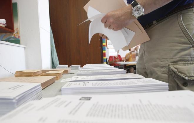 Elecciones catalanas. Papeletas de las elecciones generales de 2016