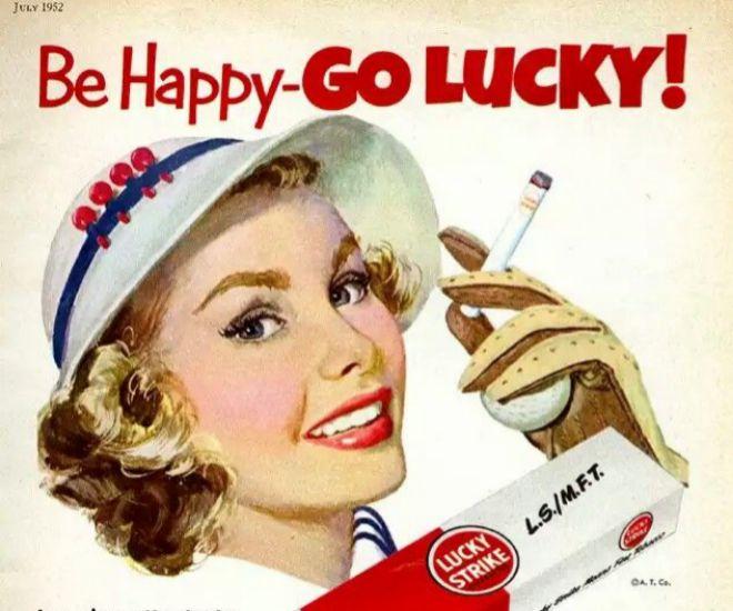 Edward Bernays y la campaña para hacer fumar a las mujeres