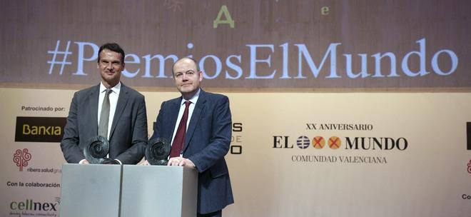 Klaus Brinkbäumer (izquierda) y Mark Thompson en los Premios Internacionales de Periodismo de EL MUNDO.