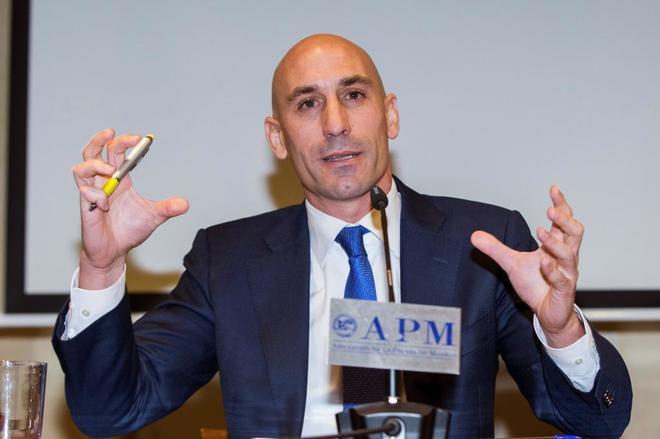 Luis Rubiales, durante su renuncia a la presidencia de la AFE.