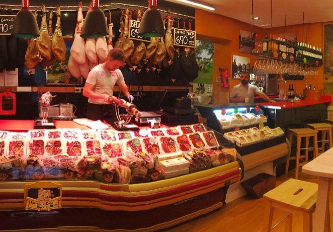 Mostrador de Mercado Jamón Ibérico.