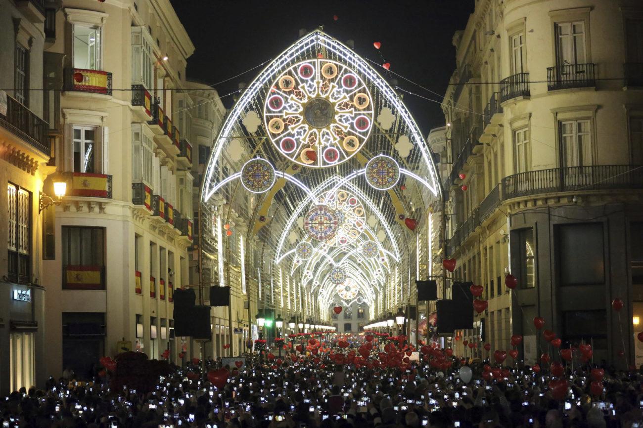 Iuminación navideña en la calle Larios de Málaga.