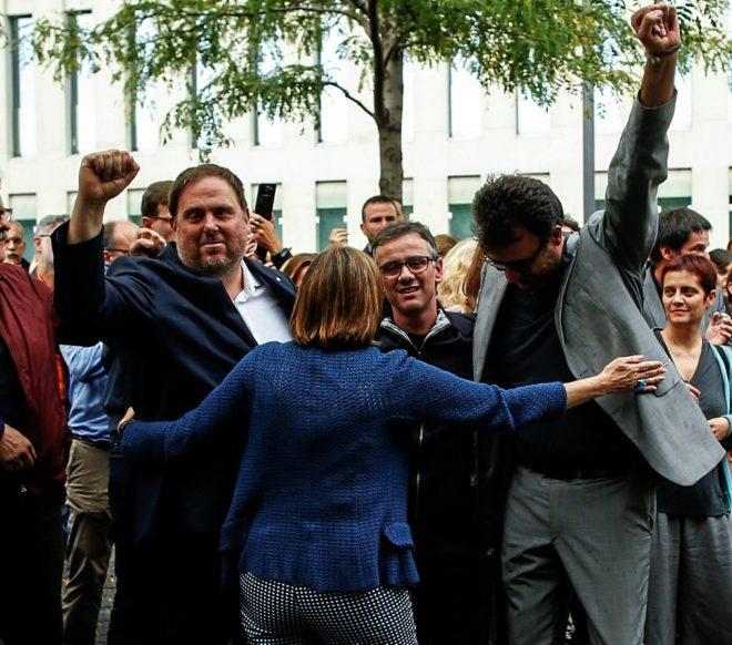 """Una """"estructura en la sombra"""" de ERC en el Govern organizó en secreto el referéndum del 1-O"""