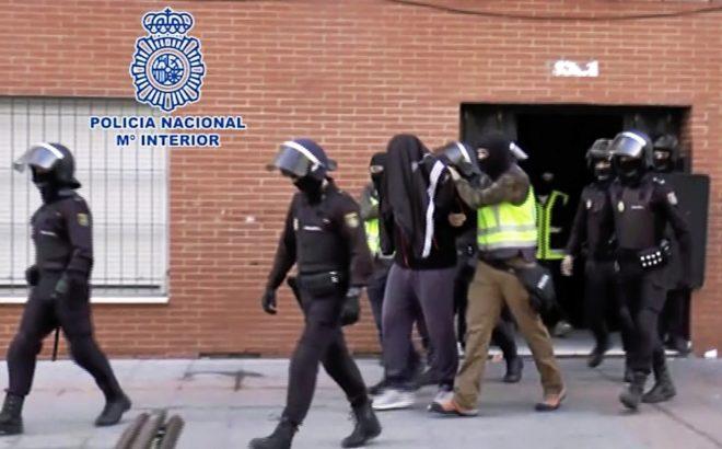 Momento de la detención de Ilias Mohamed en Ceuta