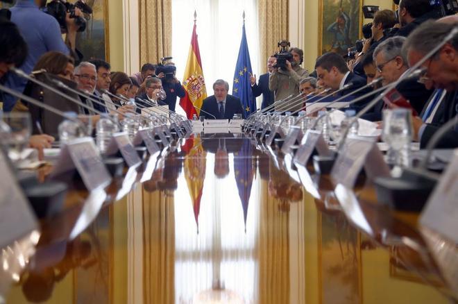 Méndez de Vigo, con los consejeros educativos de las comunidades autónomas.