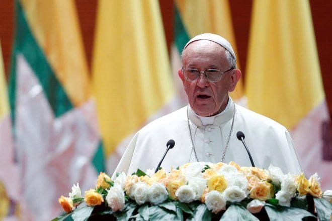 El Papa, voz en el genocidio