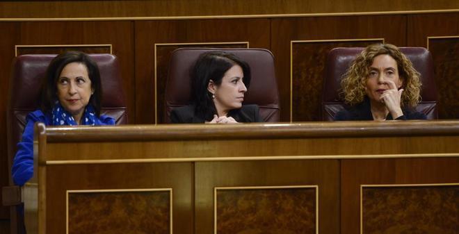 Las diputadas socialistas Margarita Robles, Adriana Lastra y Meritxell...