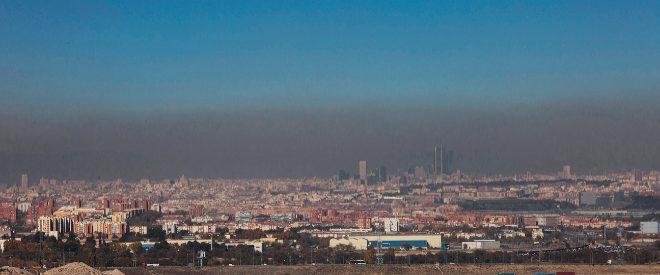 Contaminacion en Madrid, vista desde Getafe, el pasado día 21 de...