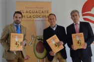 El consejero delegado de  Turismo Costa del Sol, Jacobo Florido, el gerente de Trops, Enrique Colilles, y el presidente de Gastroarte, Fernando Rueda.