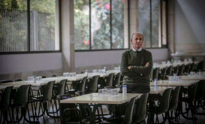Luis Miralles: «La crisis nos ha enseñado que cualquiera puede ser pobre»