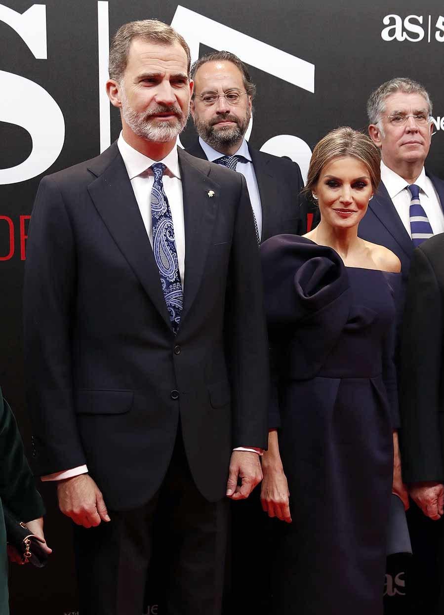 La Reina Letizia vistió por primera vez un diseño de Delpozo,...