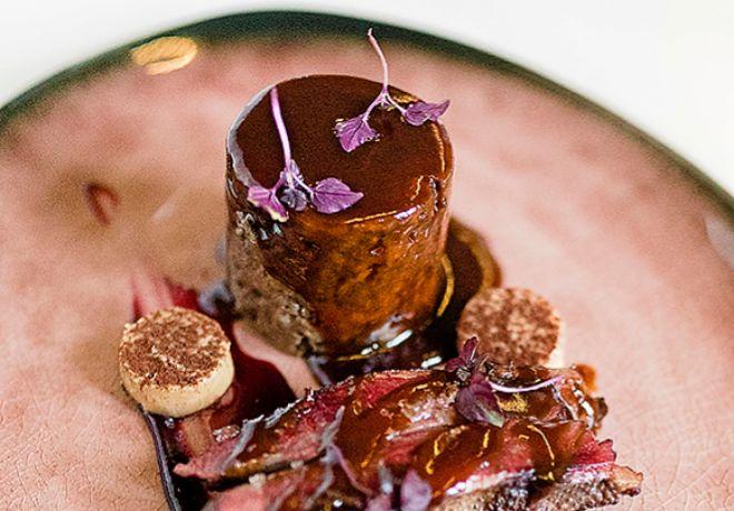 Santerra apuesta por un pato azulón con royal y frutos rojos.