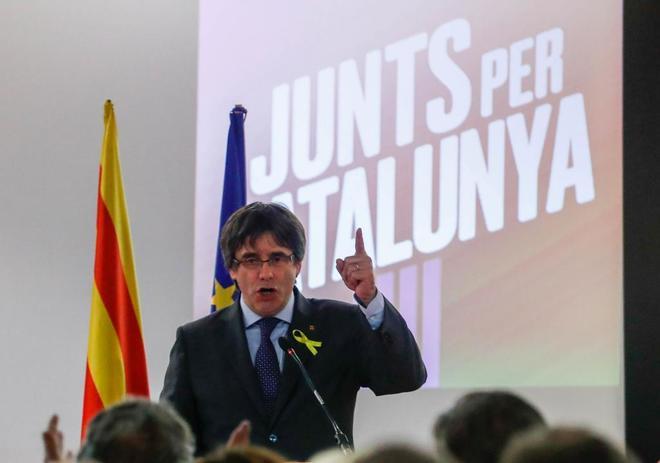 El presidente cesado de la Generalitat, Carles Puigdemont