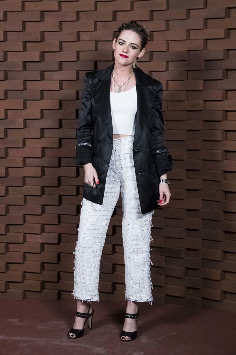 Kristen Stewart - Chanel Metiers dArts en Hamburgo